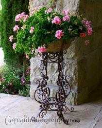 Giá để chậu hoa 138