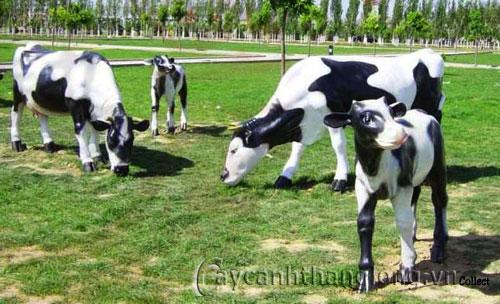 Tượng vườn Đàn bò