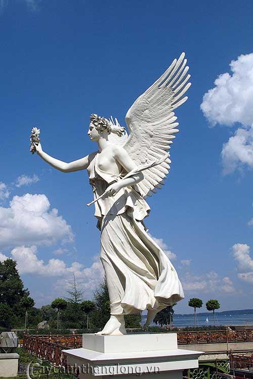 Tượng Thiên thần 2